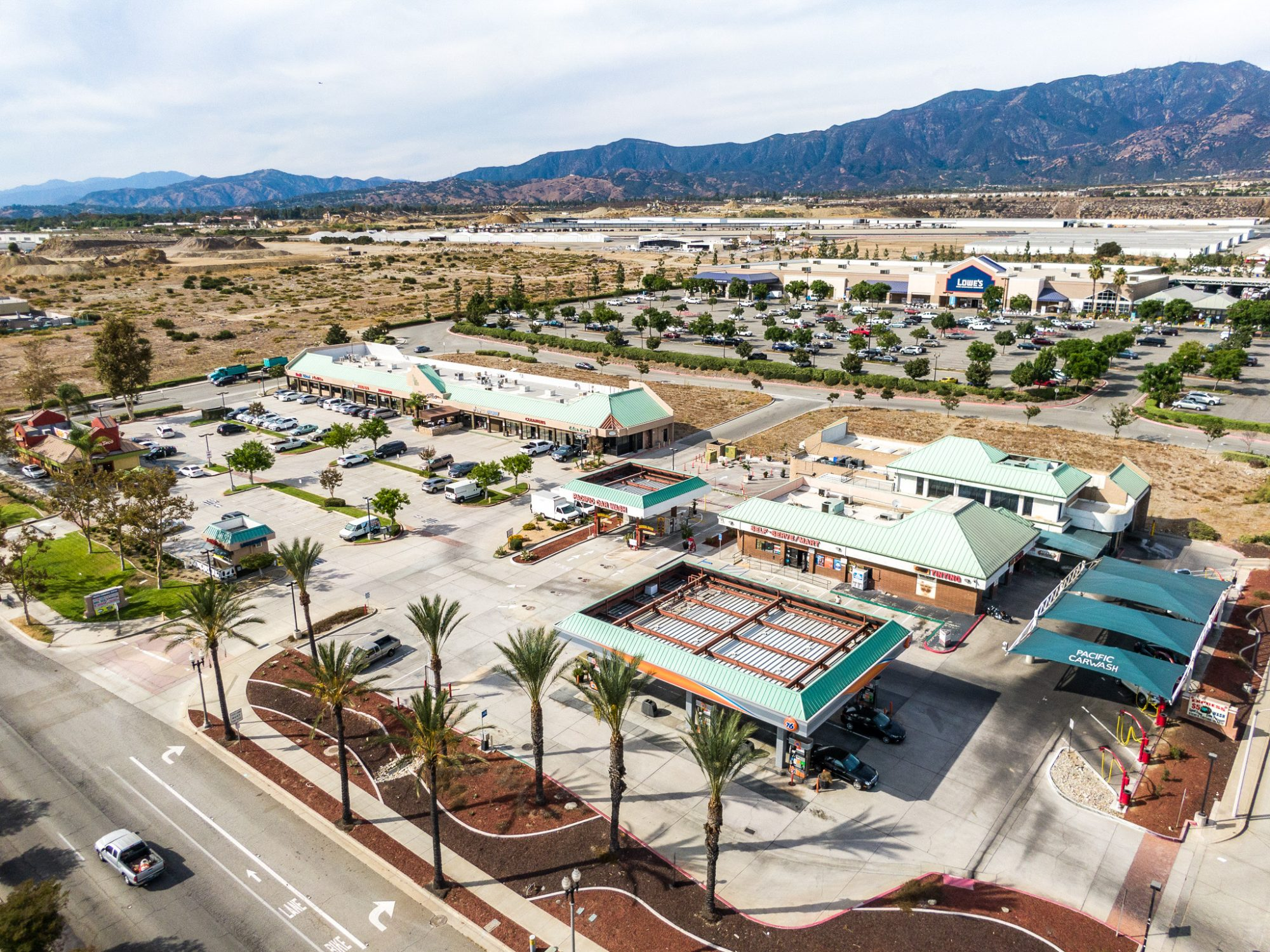 PACIFIC COMMERCE CENTER FOR LEASE