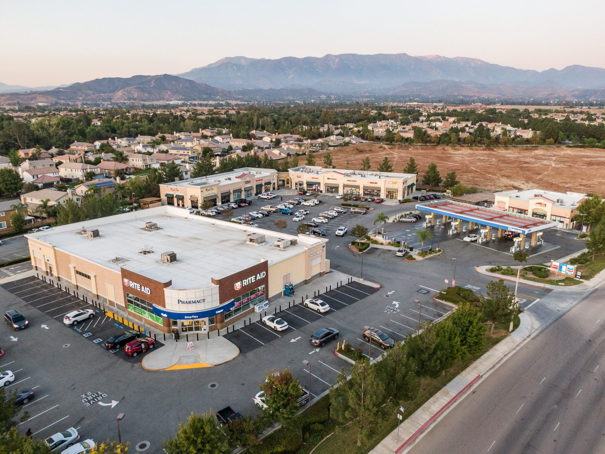FOR LEASE: OAK VALLEY PLAZA