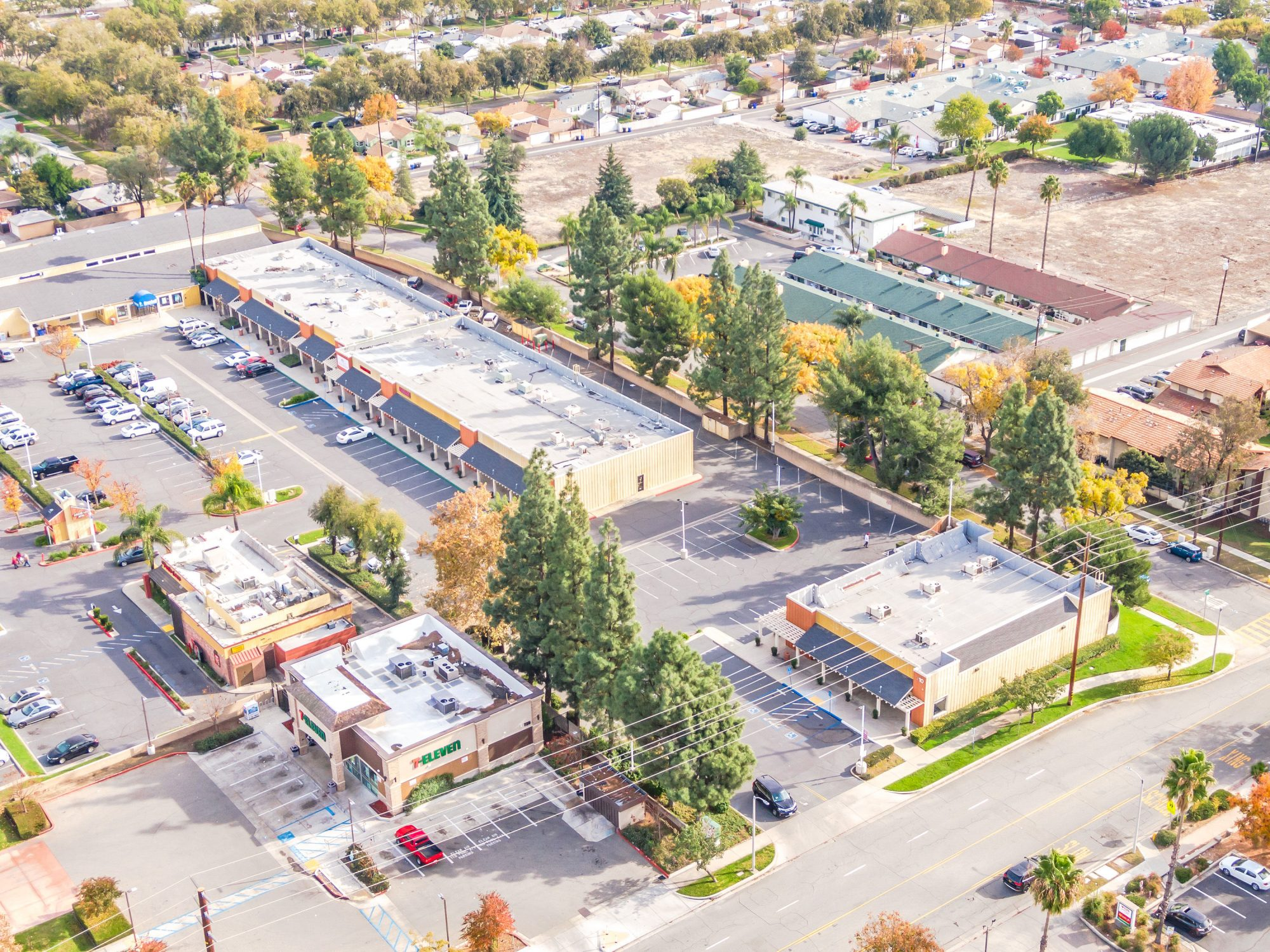 FOR LEASE: UPLAND COUNTRY VILLAGE SHOPPING CENTER